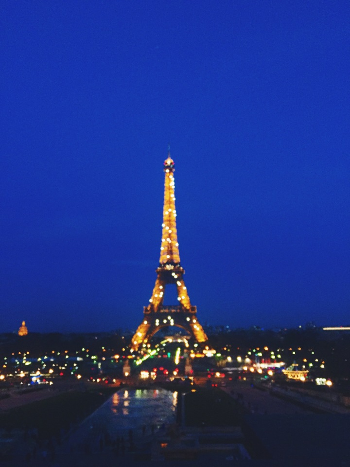 Nightlife in Paris: Guide to the Best Night Out in the City ofLights